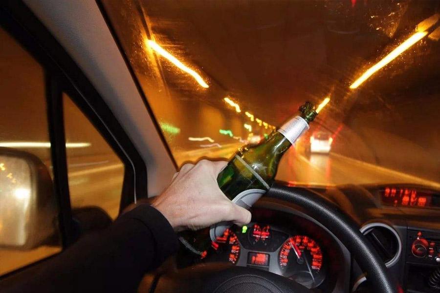 上海刑事律师告诉你醉酒开车撞人怎么判刑