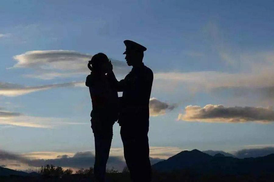 军嫂出轨属于破坏军婚吗?要判刑吗?会被判几年?