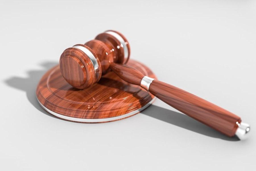 找上海律师事务所请律师需要注意什么